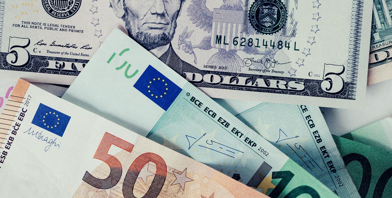 Dollari e Euro